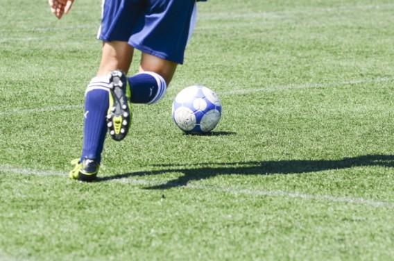 中学生サッカー少年